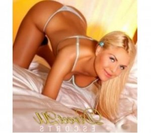 Esma black escorts in Carmel